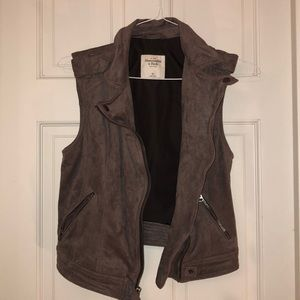 Abercrombie & Fitch Suede Vest